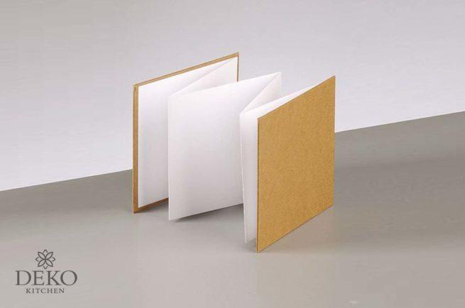 Leporello mit Kraftpapiereinband, 6 Seiten, 13 x 13 cm