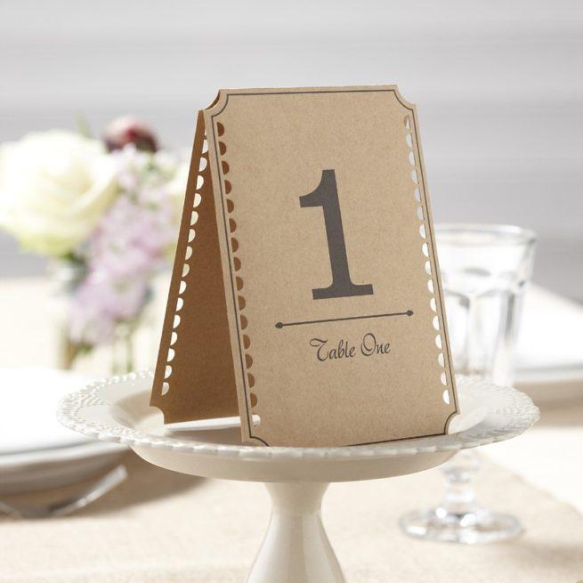 Tischnummer aus Kraftpapier mit Ausstanzung, 1-12