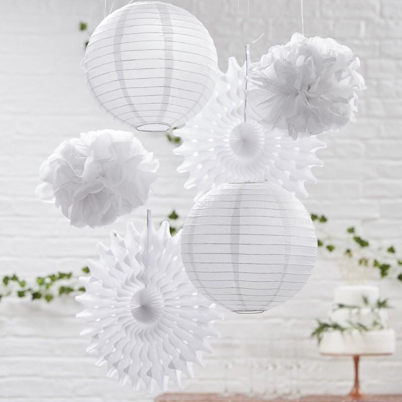 Deko Pompoms deko set mit faltrosetten lions und pompoms in weiß 6 teile