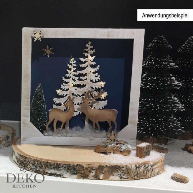 Holzmotiv Baum und Hirsch